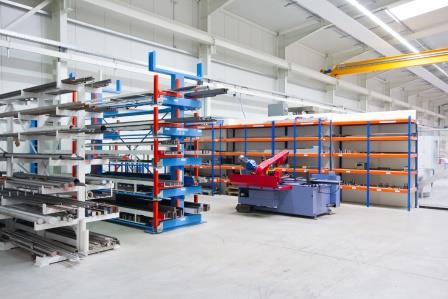 Halle 2 - Materiallager_Zuschnitt